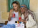 Sámer Issa s režisérkou klipu Syria Ivannou Benešovou