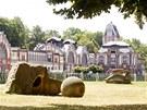 Nábřeží sochařů v Hradci Králové