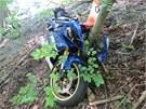 Po nehod� dvou motork��� skon�ily jejich stroje ve sr�zu, z toho jeden narazil