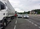 Policie rozdala téměř tisíc pokut při dopravní akci na silnici I/33 mezi
