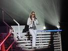 Zpěvačka Anastacia během vystoupení v pražské Tesla Areně (2009)