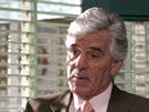 Dennis Farina jako detektiv Joe Fontana v seri�lu Z�kon a po��dek