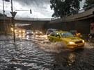 Tunel v pražském Karlíně, takzvané Husákovo ticho, po dešti zaplavila voda (29....