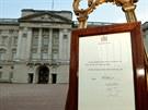 Oznámení o narození syna prince Williama jeho manželky Catherine před...