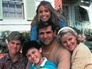 Seriál Báječná léta (1988-1993): Jason Hervey, Fred Savage, Olivia d'Abo, Dan...