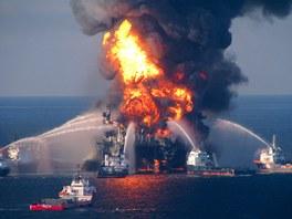 Havárie ropné plošiny Deepwater Horizon v Mexickém zálivu (duben 2010)