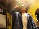 Pít, pít...a zse pít. Dostatek tekutin je v hutních provozech nutností.