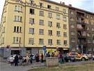 Na pražském Žižkově se v úterý večer v jednom z bytů střílelo. Starší muž chtěl