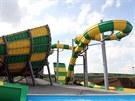 Žlutozelené monstrum tyčící se asi do 20 metrů se zdolává na několikamístných...