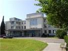 Neurologická klinika ve Fakultní nemocnici v Hradci Králové. Projekt