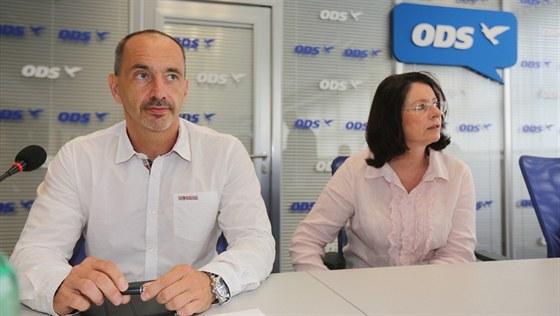 Martin Kuba a Miroslava Němcová na jednání výkonného výboru ODS (9. srpna 2013)