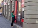Pobočka UniCredit Bank v Holešovicích, kterou přepadl neznámý pachatel...