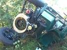 Na Novojičínsku havarovala Tatra 57 kabriolet, při nehodě se zranili čtyři lidé.