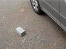 Vloup�n� do vozidla na parkovi�ti u �eskobrodsk�ho h�bitova.