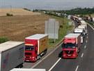 Tragická nehoda kamionu a dodávky na dálnici D8. (7. srpna 2013)