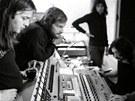 Pink Floyd v re�ii studia v Ch�teau d'H�rouville