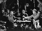 Záběr z filmu Na západní frontě klid z roku 1930.