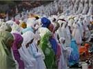 Ramadán končí, Indonésie slaví.