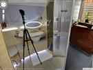 Na snímku z koupelny v letounu Airbus A380 společnosti The Emirates byl...