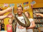 Děti si mohly hada potěžkat na krku. A užily si přitom legraci.