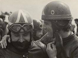 Giacomo Agostini p�ed startem 350 ccm s Franti�kem ��astn�m.