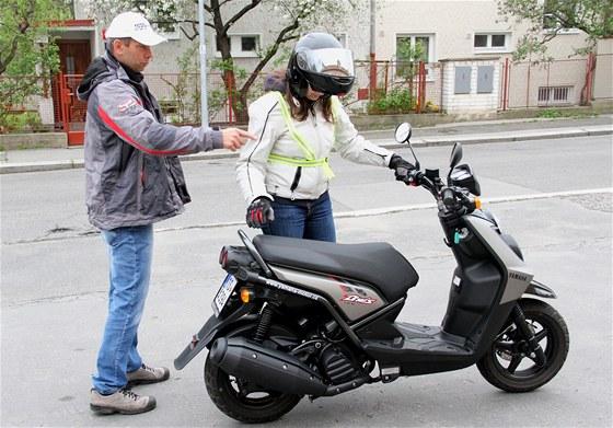 Škola jízdy na skútru: Platí, že každý by měl jezdit jen na takovém stroji,
