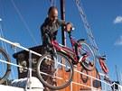 Kololoď. Tak se říká lodi, na níž se převážejí bicykly z ostrova na ostrov. V