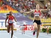 OBROVSKÝ NÁSKOK. Zuzana Hejnová triumfuje na MS v Moskvě v závodě na 400 metrů...