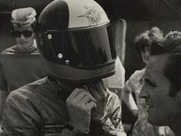 Agostini závodil vroce 1971 poprvé snovou helmou světším hledím. Fanoušci jí