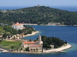 Chorvatsko, Vis - františkánský klášter vedle přístavu