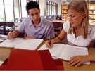 AZ SMART: Pokračovat ve studiu je možné i bez maturity