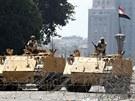 Ulice Káhiry obsadila armáda. Učinila tak preventivně v reakci na plánované...
