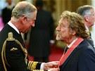 Robert Plant s vyznamenáním od prince Charlese