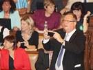 Poslanci jednaj� o rozpu�t�n� Sn�movny. (20. srpna 2013)