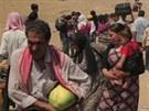 Ze Sýrie prchají do Iráku tisíce lidí. Vláda Kurdistánu na severu Iráku...