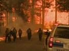 Požár v Národním parku Yosemite v Kalifornii