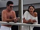 Simon Cowell na své jachtě s Lauren Silvermanovou