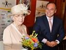 Dvojnice královny Alžběty II. Mary Reynoldsová a starosta Náchoda Jan Birke