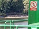 Voda na Vranovské přehradě je letos rekordně teplá, říkají pracovníci tamní...