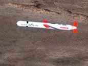 Střela Tomahawk během testů v roce 2002 v Kalifornii