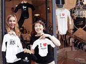 Eleonora Přikrylová a Lenka Attelová, zakladatelky kolekce vtipného dětského oblečení Little Rock Star