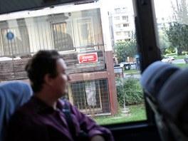 Cestovn� kancel�� Corrupt Tour vypravila autobus pro z�jemce ze zahrani��. Po