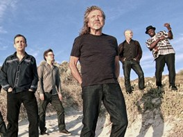 Robert Plant se skupinou Sensational Space Shifters