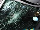 Opilec při nehodě hlavou rozbil čelní sklo vozu, nic vážnějšího se mu však