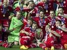 Fotbalisté Bayernu Mnichov se radují z triumfu v Superpoháru.