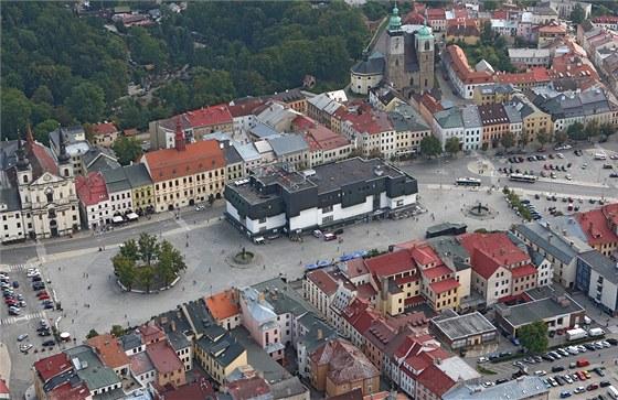 Letecký pohled na jihlavské Masarykovo náměstí ze dne 5. září 2013.