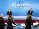 P�edvolebn� duel mezi n�meckou kancl��kou Angelou Merkelovou a l�drem SPD...