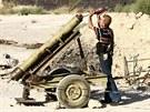 Rebelov� ost�eluj� voj�ky arm�dy Ba��ra Asada(2. z���)