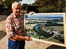 Pan Choc z Kozárovic, kterému voda odnesla dům už v roce 2002. Letos mu obydlí...