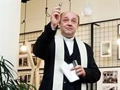 Kněz posvětil restauraci Dobromysl v Hradci Králové